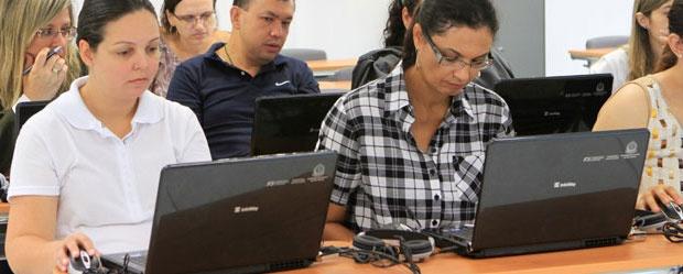 Secretaria Educação - Oportunidade : Concurso para 400 cargos com salário inicial de R$ 2,1 mil: