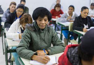 Educação oferece diferentes modalidades para jovens e adultos voltarem a estudar