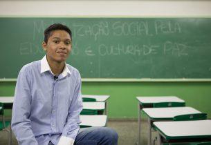 Projeto criado por gremistas aumenta a frequência de alunos na escola
