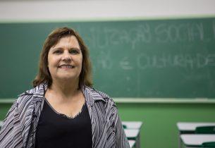 Educação acaba com 'duzentena' e reduz em 4 vezes espera de professor temporário para voltar à escola