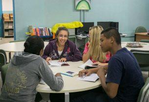 Secretário da Educação inaugura três unidades do Programa Creche Escola