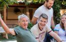 Projeto de gremistas criado para idoso vence o Prêmio Construindo a Nação