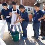 Escola cria sistema econômico e ecológico de captação de água