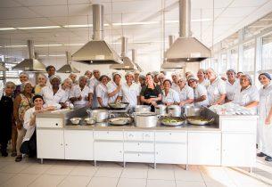 Cozinheiras da Educação que atuam na região Sul da capital recebem treinamento