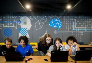 Alunas ganham evento sobre Tecnologia, em São Paulo