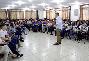 João Cury se reúne com alunos da Baixada Santista nesta sexta (18)