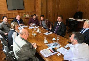João Cury recebe secretários de Estado para reafirmar parcerias