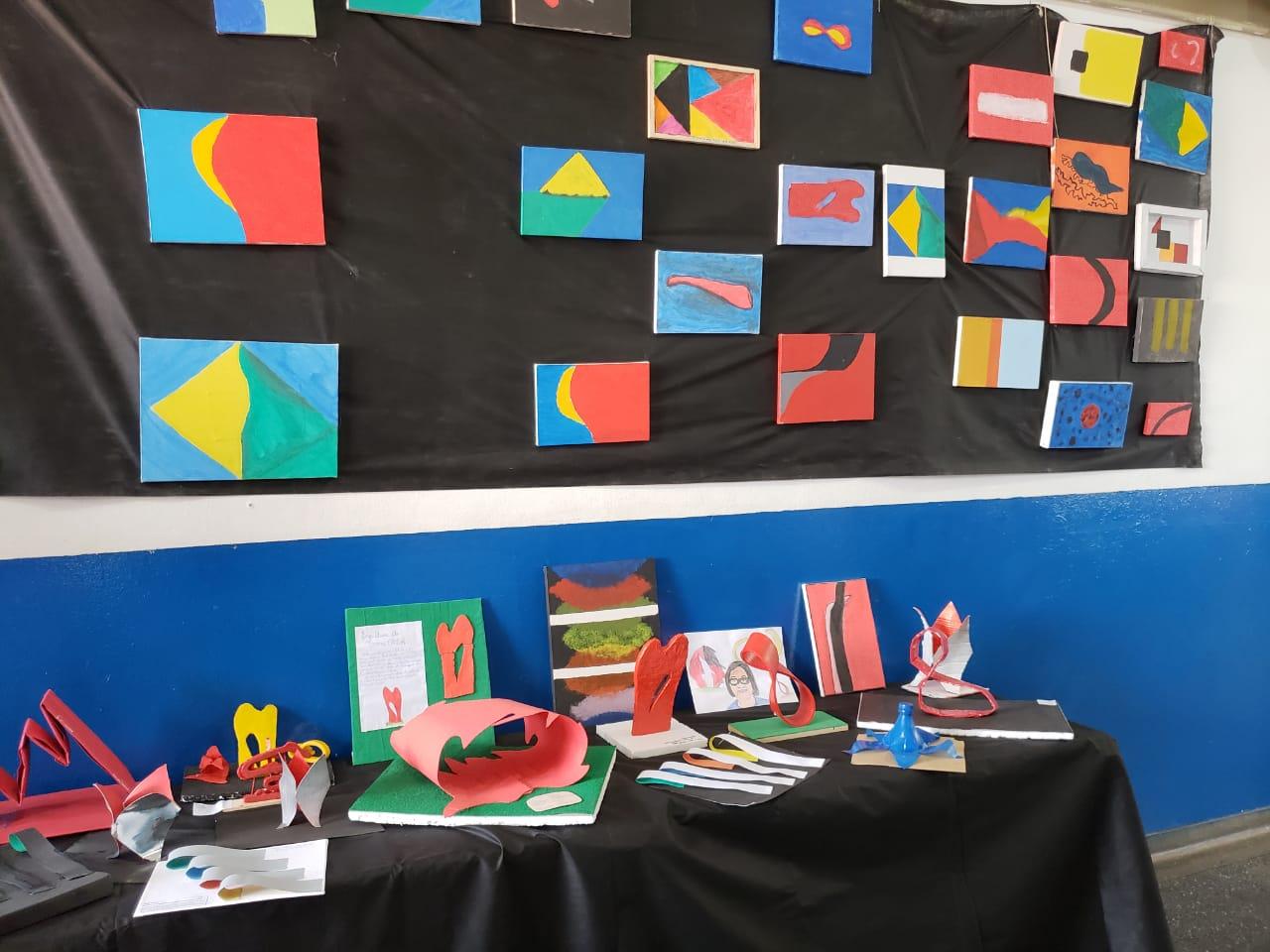 Além de apresentações musicais, alunos expuseram trabalhos inspirados nas obras de Tomie Ohtake
