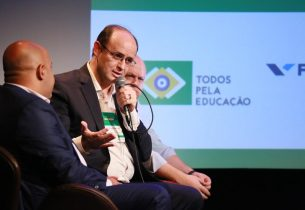 No MIS, secretário participa de seminário internacional de educação
