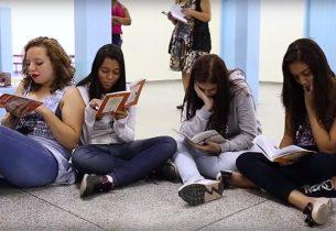 No Dia Mundial da Poesia, conheça projetos inspiradores da rede estadual