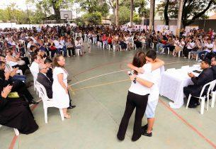 Estudantes da Raul Brasil voltam à rotina da escola nesta terça-feira (26)