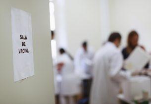 133 mil professores ainda precisam se vacinar contra a gripe em SP