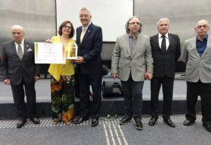 Escola da rede recebe prêmio de inclusão