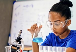 """""""Projeto de Vida"""" trabalha habilidades socioemocionais e incentiva alunos da rede estadual a perseguirem seus sonhos"""