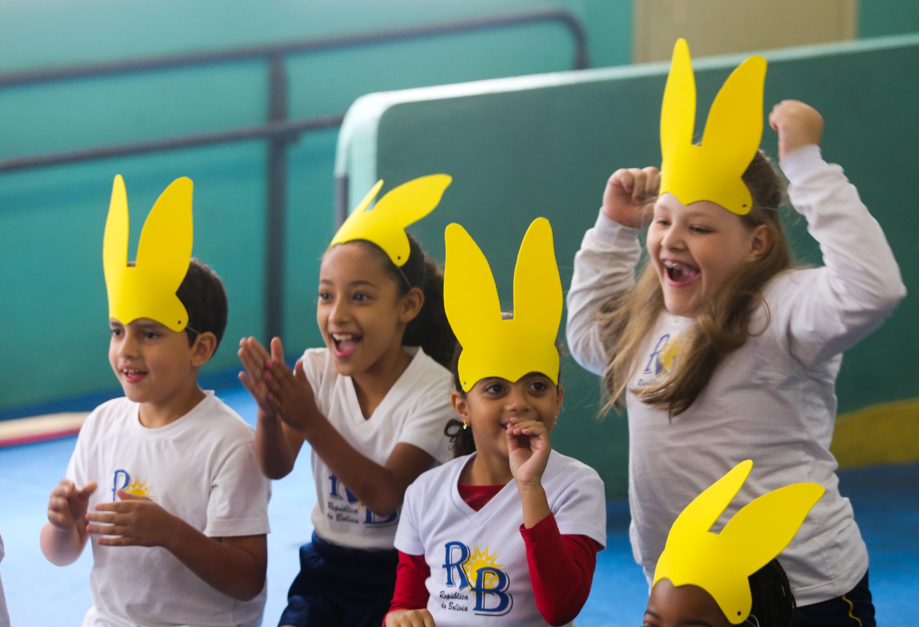 Alunos participam de atividades sobre a Páscoa