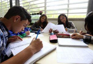 Estudante de Iguape faz ENEM como treineiro e tira 920 pontos na redação