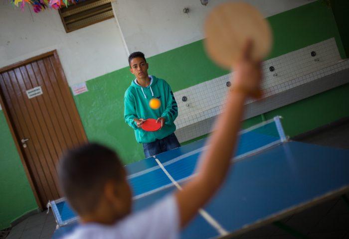 3fc6a7b01 Mesas de pebolim e ping-pong são atrações durante intervalo escolar ...