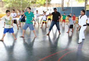 Escola de Araraquara tem aulas de taekwondo no contraturno
