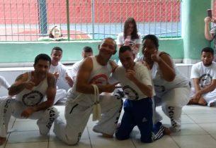 Aulas de capoeira em escola estadual ajudam na inclusão de pessoas com deficiência