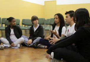 Em debate, estudantes falam sobre bullying, diferenças e tolerância