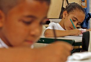 Alunos do 5º ano do Fundamental estão entre os que mais aprendem português e matemática