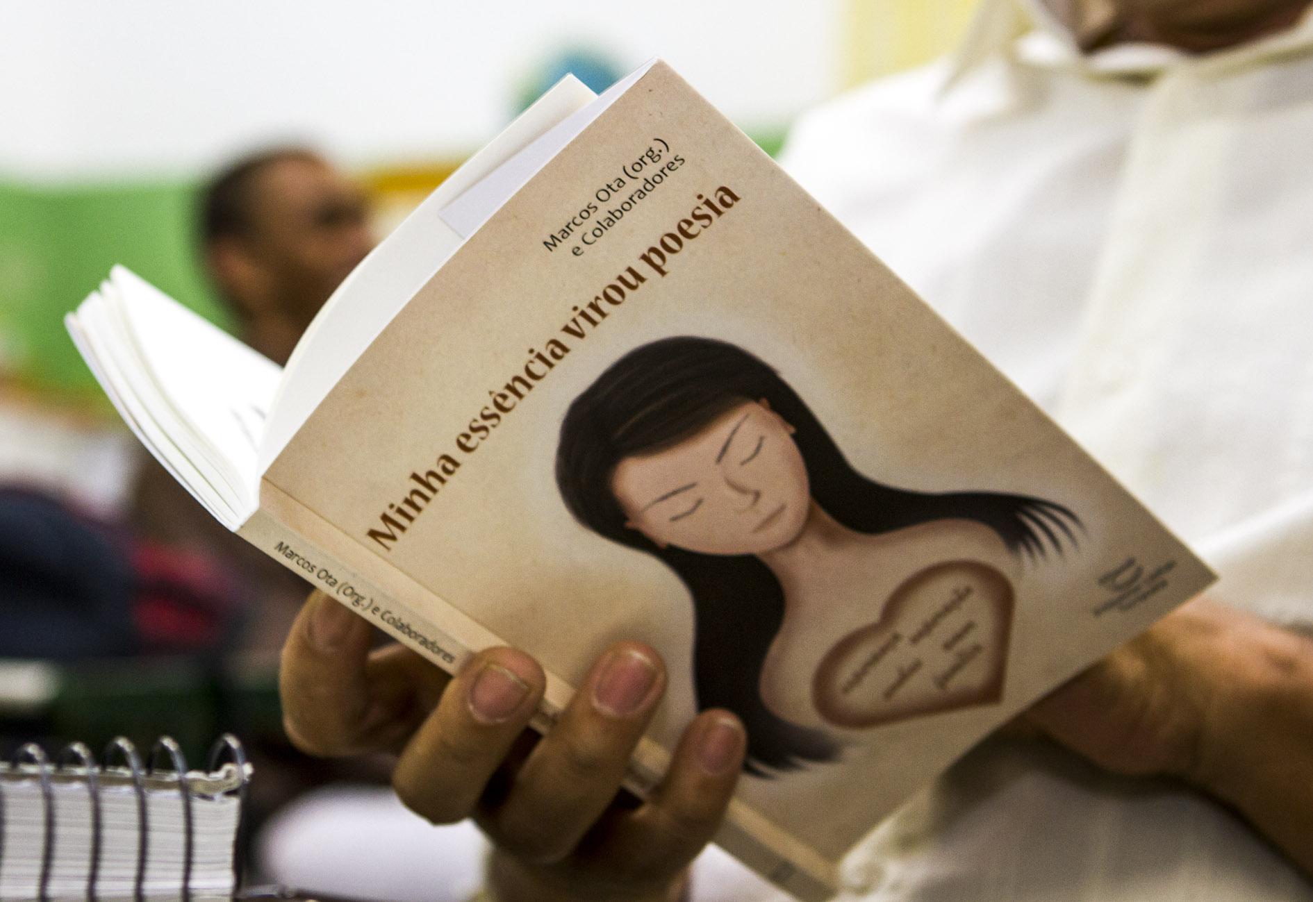 Obra contou com a participação de cerca de 100 alunos da E.E.Professor Alceu Guerner Gonzalez